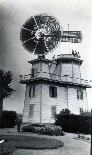 The original windmill.